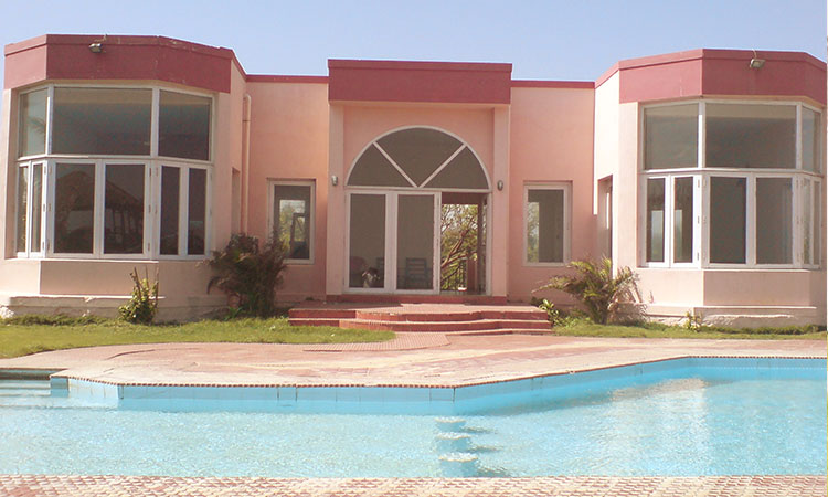 ECR Villa